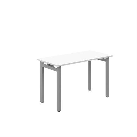 Table Ionic 24 x 36 po
